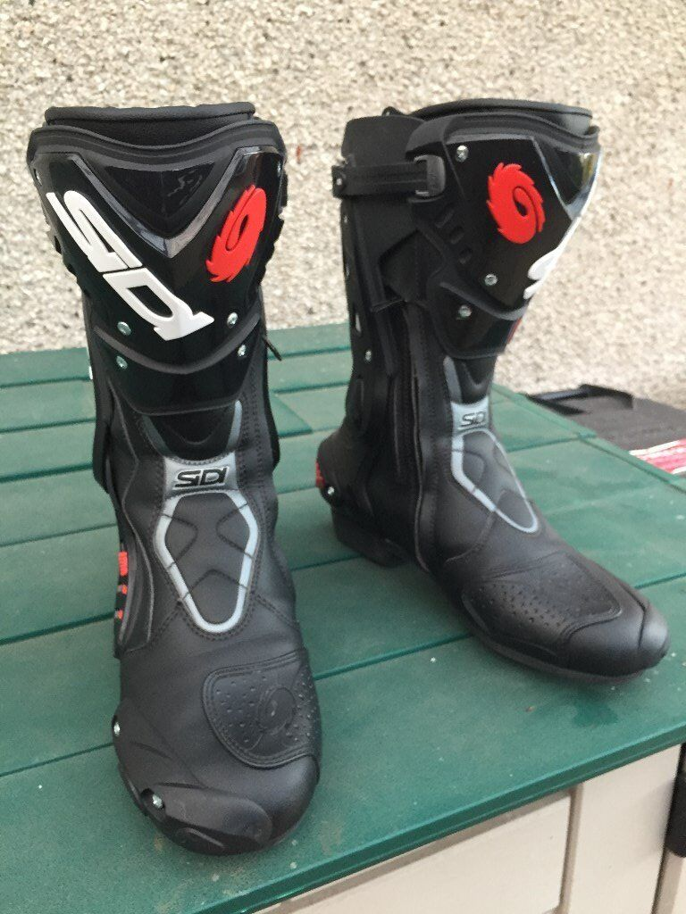 Bargain as new Sidi ST Motorcycle Sports Boots Black Eur 44 UK9.5