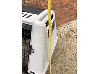 Dog carrier box