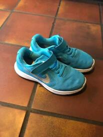 Girls size 11 Nike trainers