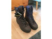 Karrimor SF brown walking/work boots size 9