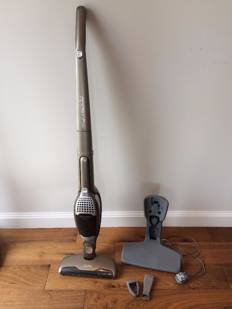 AEG 2in1 Cordless Ergorapido Vacuum cleanerin LondonGumtree - Vacuum without the hassle of cords. Use with handle or remove the small handheld unit for smaller jobs. Complete with floor and furniture attachments. Purchased new at John Lewis for 150