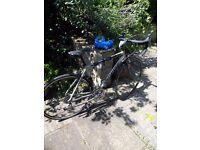 *FOR PARTS* Specialized Allez road bike