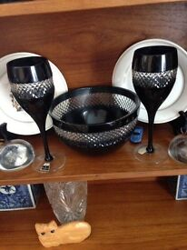 £70 Waterford crystal set fruit bowl and two goblets
