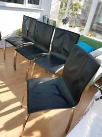 4 stylish modern Elva dining chairs