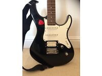 Yamaha Pacifica N89 with Fender 15R Amp and Bag
