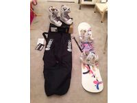 Professional Snowboard setup, Board bindings boots and bag all VVGC
