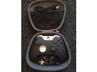 Xbox elite joypad with case and all accessories