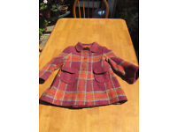Girls vintage 1960's 100% wool winter coat. Age 4-5yrs. Multi autumnal colours, fully lined.