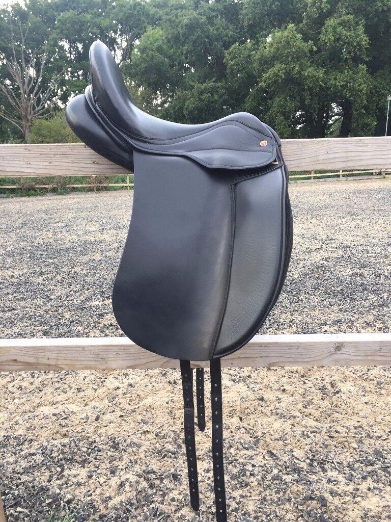 XW Dressage Saddle