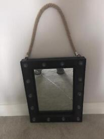 Dressing table makeup mirror with lights cracked