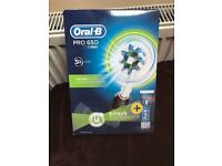 Oral-B PRO 650 Black CrossAction Rechargeable Electric Toothbrush