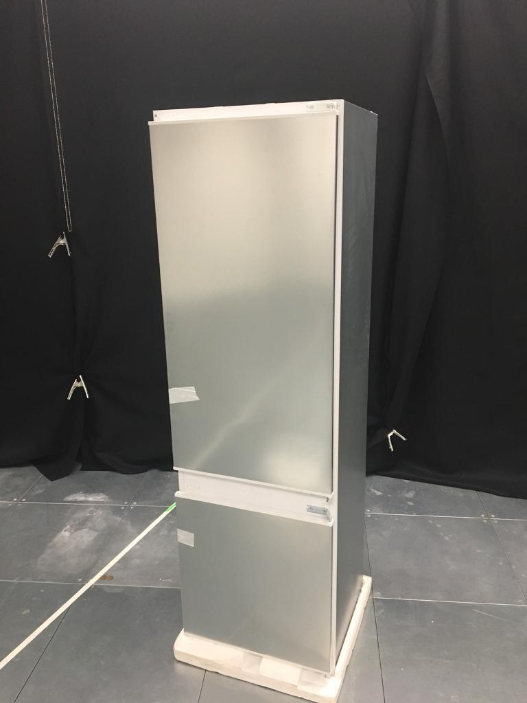 Brand new! Bosch integrated fridge freezer 70/30