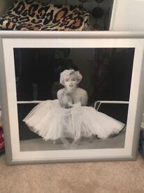 Black and white Marilyn Monroe frame