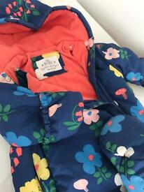 Baby girl snowsuit. Size 9-12 months. Used once!