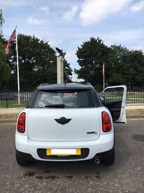 Mini Cooper D 5 door Countryman with Parking sensors , Beautiful Car. Lady Driven. Well Looked After