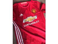 Manchester United 2016/17 Shirt Adult Small