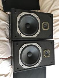 Pioneer bookshelf speakers