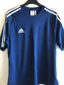Adidas poly T shirt Medium
