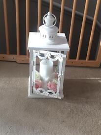 Medium size lantern