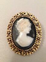 Vintage 1970's Cameo Broach - Perfect Condition - Beautiful