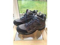 Peak Extreme Mens Waterproof IsoGrip Walking Boots - Grey RRP £119, Used Once