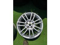 Land Rover 19 Inch Alloy Wheel In West London Area
