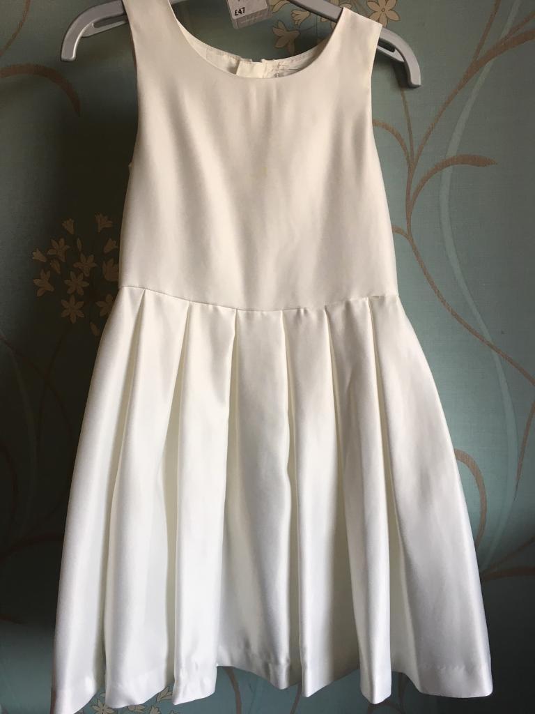 Girls Flower girl bridesmaid dress 5-6 years