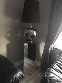 Lamp and pedestal excellent condition