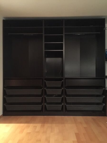 ikea pax kleiderschrank dunkelbraun in m nchen sendling ebay kleinanzeigen. Black Bedroom Furniture Sets. Home Design Ideas
