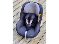 Maxi-Cosi 2wayPearl Car Seat
