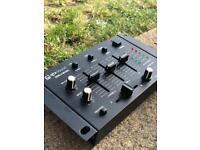 QTX QSM-4 CLUB DJ DISCO STEREO MINI MIXER