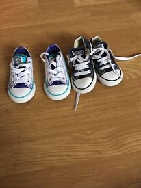 2x pairs of converse