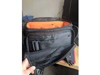 DSLR size Camera bag - Amazon basics