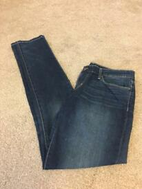 Levi demi curve skinny jeans 29/34