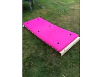 Single bed Futon with Pine frame and pink mattress