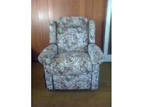 HSL Electric Reclining Chair