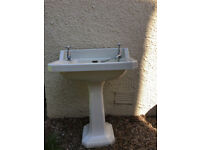 Free standing sink. In excellent second hand condition.