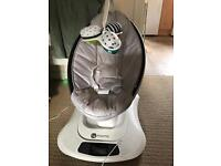 Momaroo with Bluetooth and newborn insert