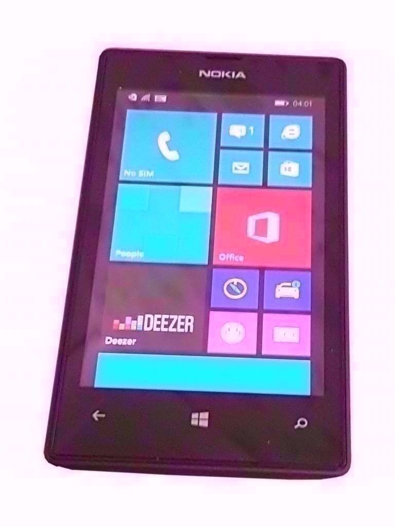 Nokia Lumia 520 LOCKED TO EE .