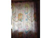 Frozen curtains