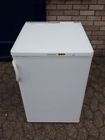 electrolux 55cm wide under counter freezer with instructions