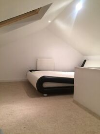 Attic Room only 270 Bills and wifi Included! Rusholme near oxford road/city centre/university