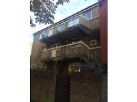 Wapping 4 Bedroom 2 Bathroom Apartment With Large Terrace £625pw