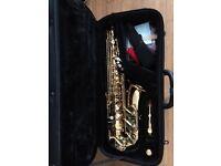 Alto Saxophone Jupiter JAS 567GL in near new condition.
