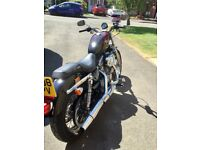 HARLEY DAVIDSON 883,ONLY 2500 MILES FROM NEW.BEAUTIFUL CONDITION.SUMMER BARGIN.