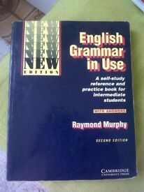 English self-study book: ENGLISH GRAMMAR IN USE - CAMBRIDGE University Press - Raymond Murphy