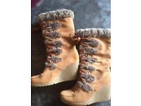 Size 6 Suede Boots £1 Slight Damage