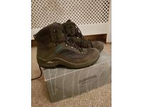 Lowa Taurus Hiking Boots - Womens size 6.5 UK - used only once