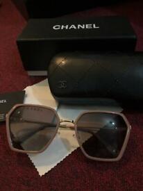 22340bd392 Ray ban and Gucci sunglasses