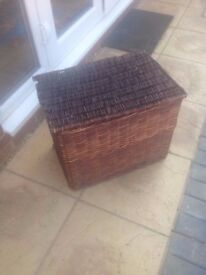 Large Wicker box with lid